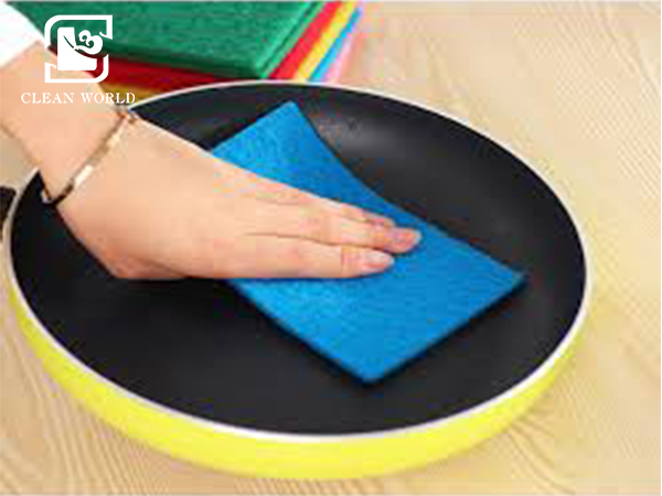 scouring pads in kitchen